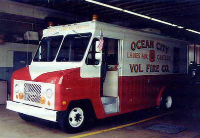 C T  Ocean City, MD  Lady's Aux  Canteen (2002)