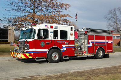 North Bellmore Engine 655 2009 Spartan - Crimson 2000-750 Photo by Chris Tompkins