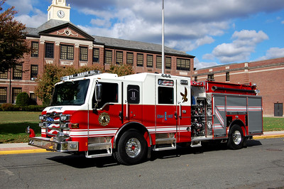 Hawthorne Engine 1 2014 Pierce Velocity 2000-750  Photo by Chris Tompkins