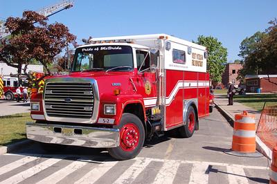 West Paterson Squad 2, 1988 Ford L8000 / Swab. Former Hoffman La Roche. (2012)