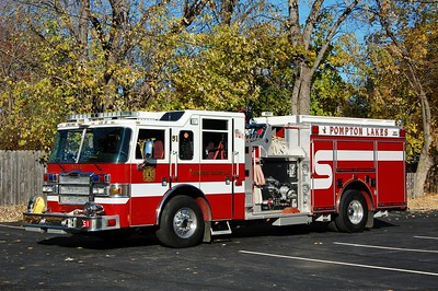 Pompton Lakes Engine 51 2006 Pierce Dash 1500-750-40A  Photo by Chris Tompkins