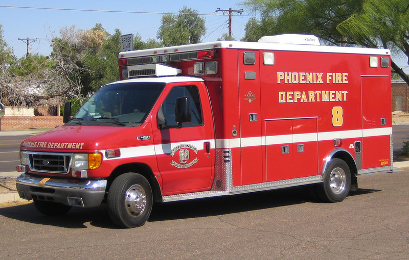 R8 2005 Ford E450 Marquee #531045