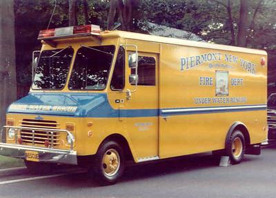 Piermont, N Y  Under Water Rescue (1989)