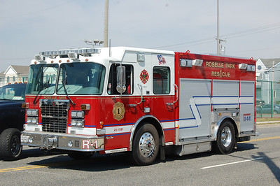Roselle Park Rescue 1 2010 Spartan - Custom Works Photo by Chris Tompkins
