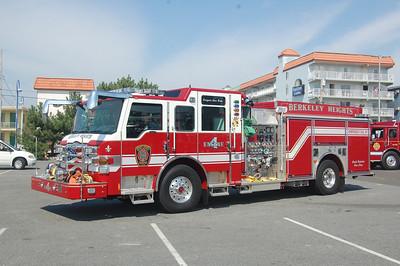 Berkeley Heights Engine 4 2010 Pierce Velocity 2000-750 Photo by Chris Tompkins
