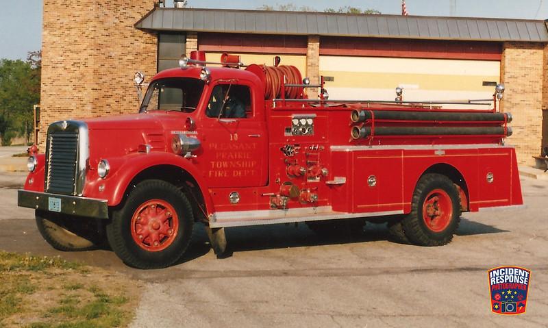 Pleasant Prairie Fire Dept. Engine 10