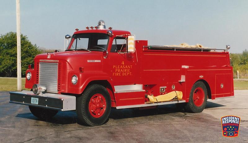 Pleasant Prairie Fire Dept. Tanker 4