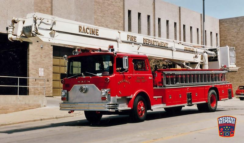 Racine Fire Dept. Snorkel 1