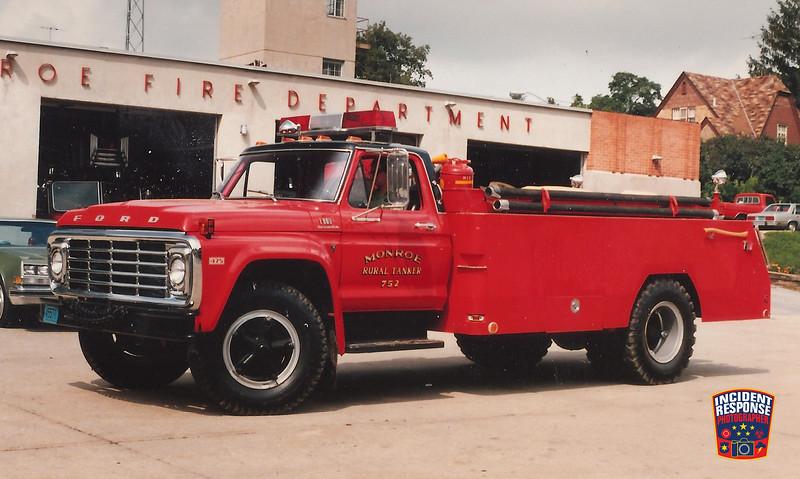 Monroe Fire Dept. Tanker 752