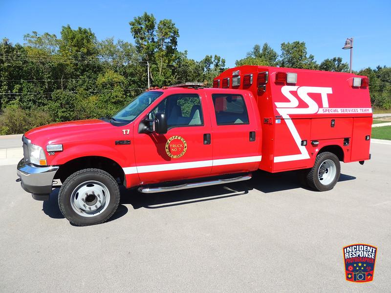 Waukesha Fire Dept. Truck 7 (Special Services Team)