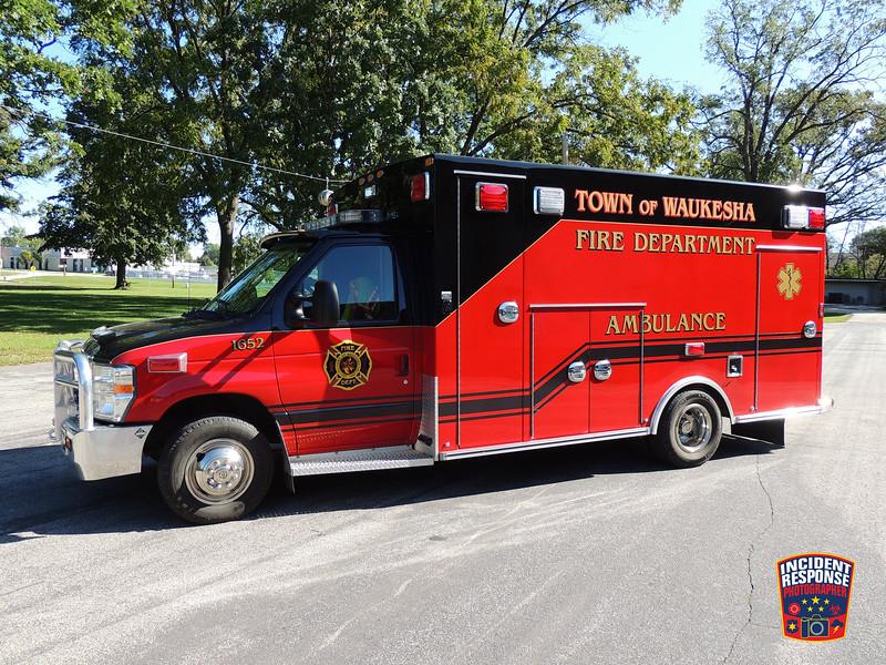 Town of Waukesha Fire Dept. Ambulance 1652