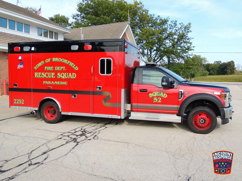 Town of Brookfield Fire Dept. Ambulance 2252