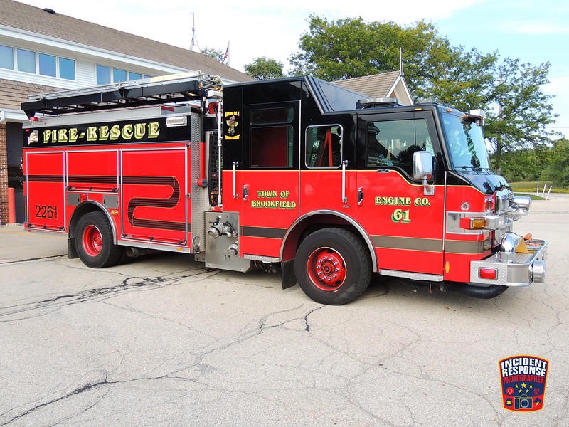 Town of Brookfield Fire Dept. Engine 2261