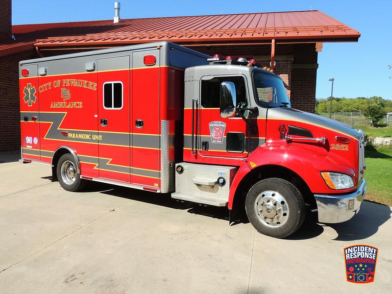 Pewaukee Fire Dept. Ambulance 2852