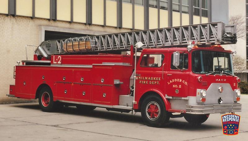 Milwaukee Fire Dept. Ladder Truck 2