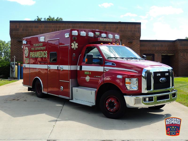 Milwaukee Fire Dept. Med 9