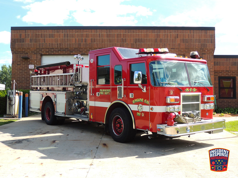 Milwaukee Fire Dept. Engine 9