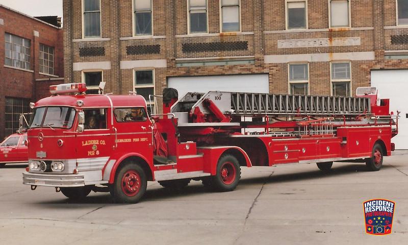 Milwaukee Fire Dept. Ladder Truck 8