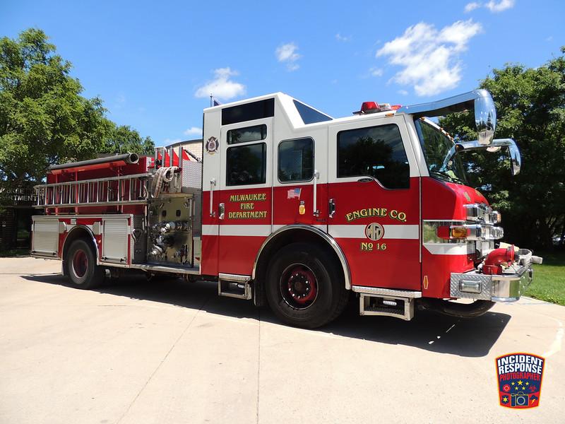 Milwaukee Fire Dept. Engine 16