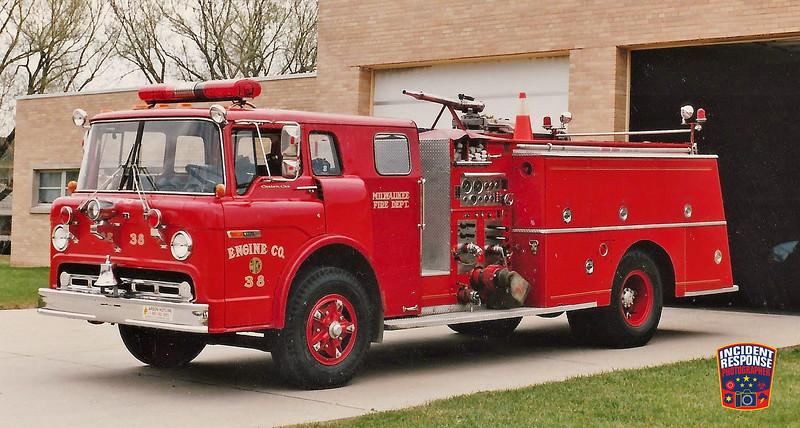 Milwaukee Fire Dept. Engine 38