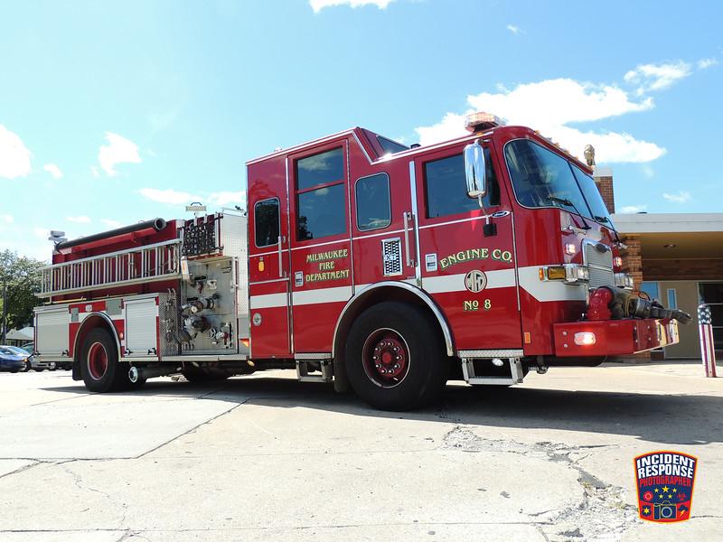 Milwaukee Fire Dept. Engine 8