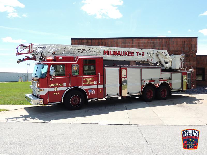 Milwaukee Fire Dept. Truck 3