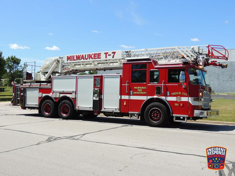 Milwaukee Fire Dept. Truck 7