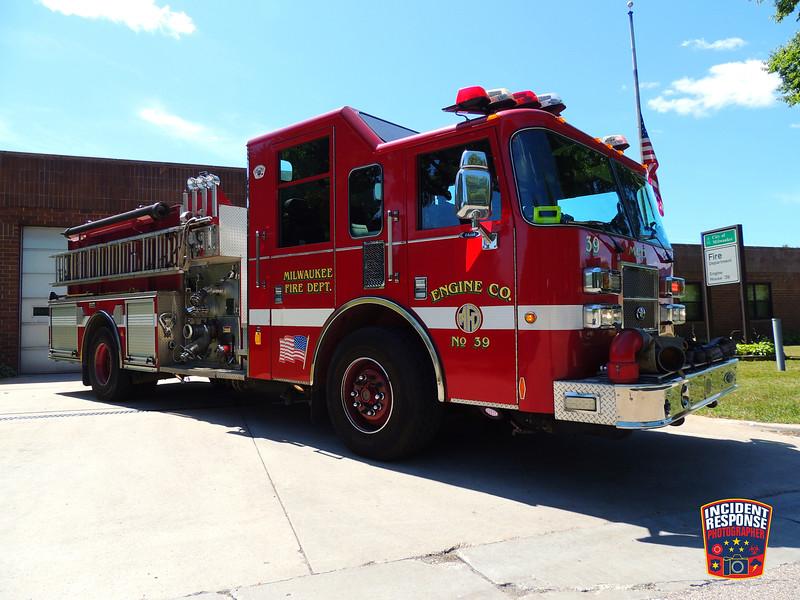 Milwaukee Fire Dept. Engine 39