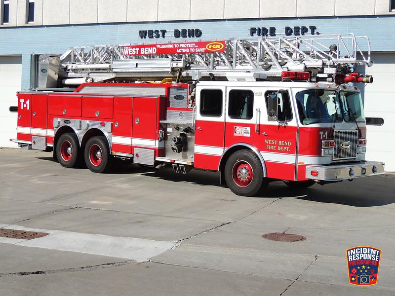West Bend Fire Dept. Ladder Truck 1