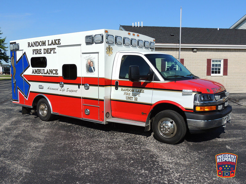 Random Lake Fire Dept. Ambulance 32