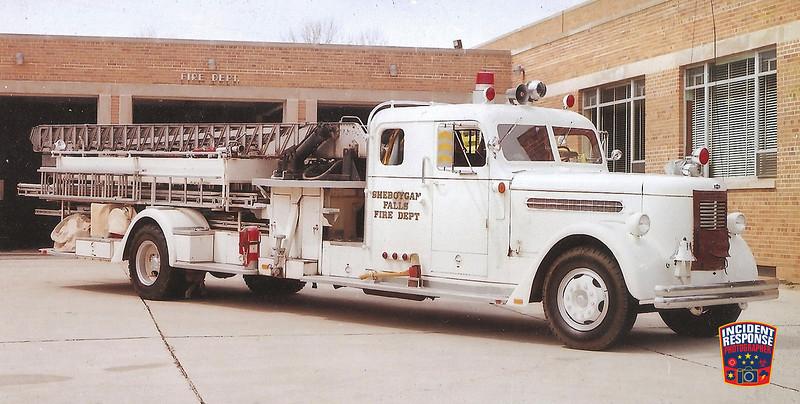 Sheboygan Falls Fire Dept. Ladder Truck 1