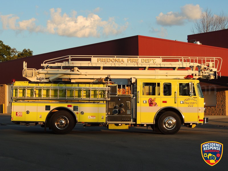 Fredonia Fire Department Ladder 660
