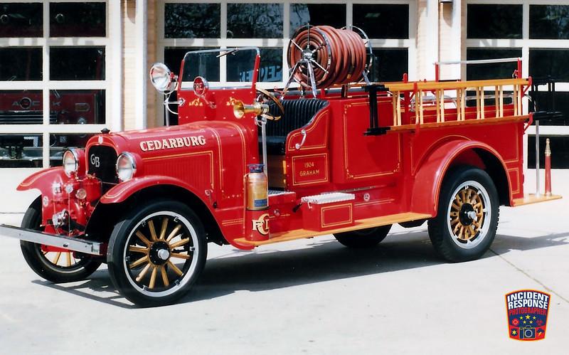 Cedarburg Fire Dept. Engine 1