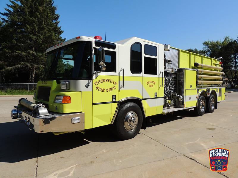 Thiensville Fire Dept. Engine 562