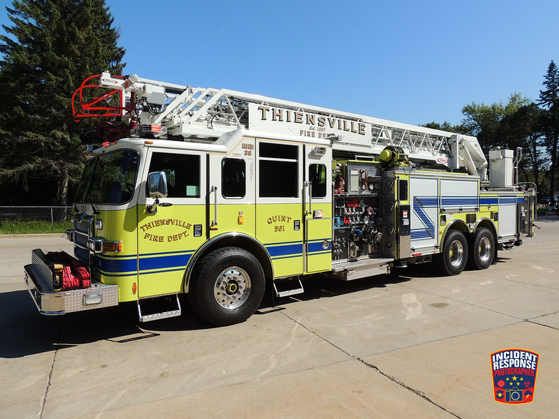 Thiensville Fire Dept. Quint 561