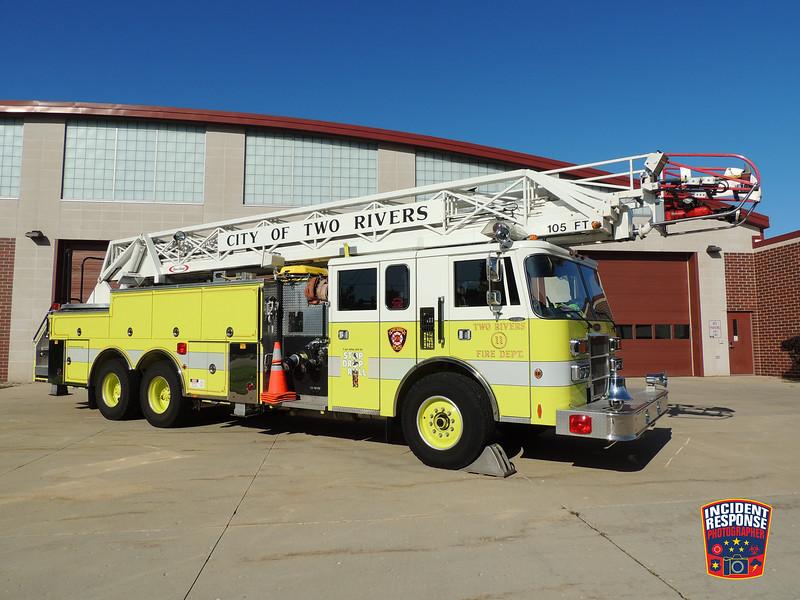 Two Rivers Fire Dept. Ladder Truck 11