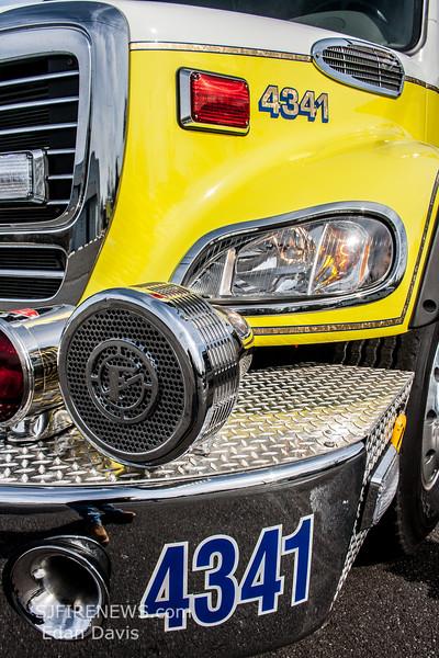 Malaga, Gloucester County NJ, Engine 43-41, 2013  Freightliner M2 122 -Spartan ERV, 1500-1250, (C) Edan Davis, www sjfirenews