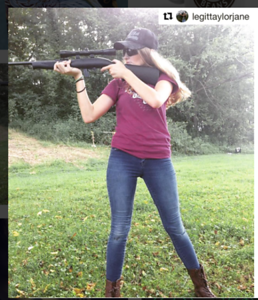 Silly Boys Guns R 4 Girls Raspberry Ediiton / Photo Credit: LegitTaylorJane