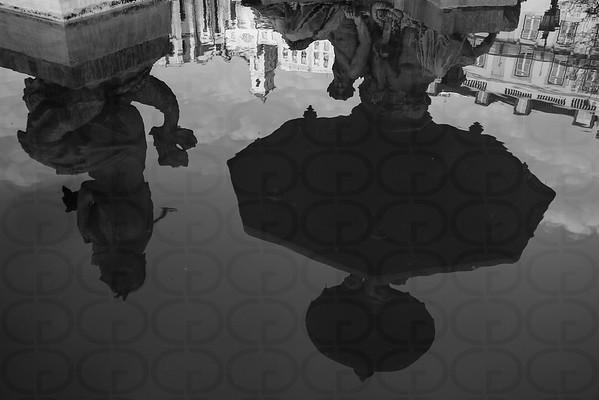 Convento do Carmo, Reflected (Monochrome)