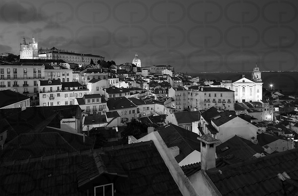 Night View in Lisbon (Monochrome)