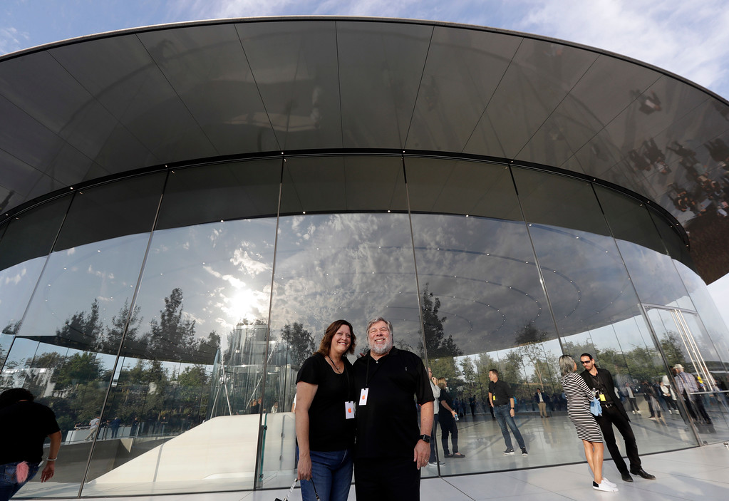 . Apple co-founder Steve Wozniak and his wife, Janet Wozniak, arrive for a new product announcement at the Steve Jobs Theater on the new Apple campus, Tuesday, Sept. 12, 2017, in Cupertino, Calif. (AP Photo/Marcio Jose Sanchez)
