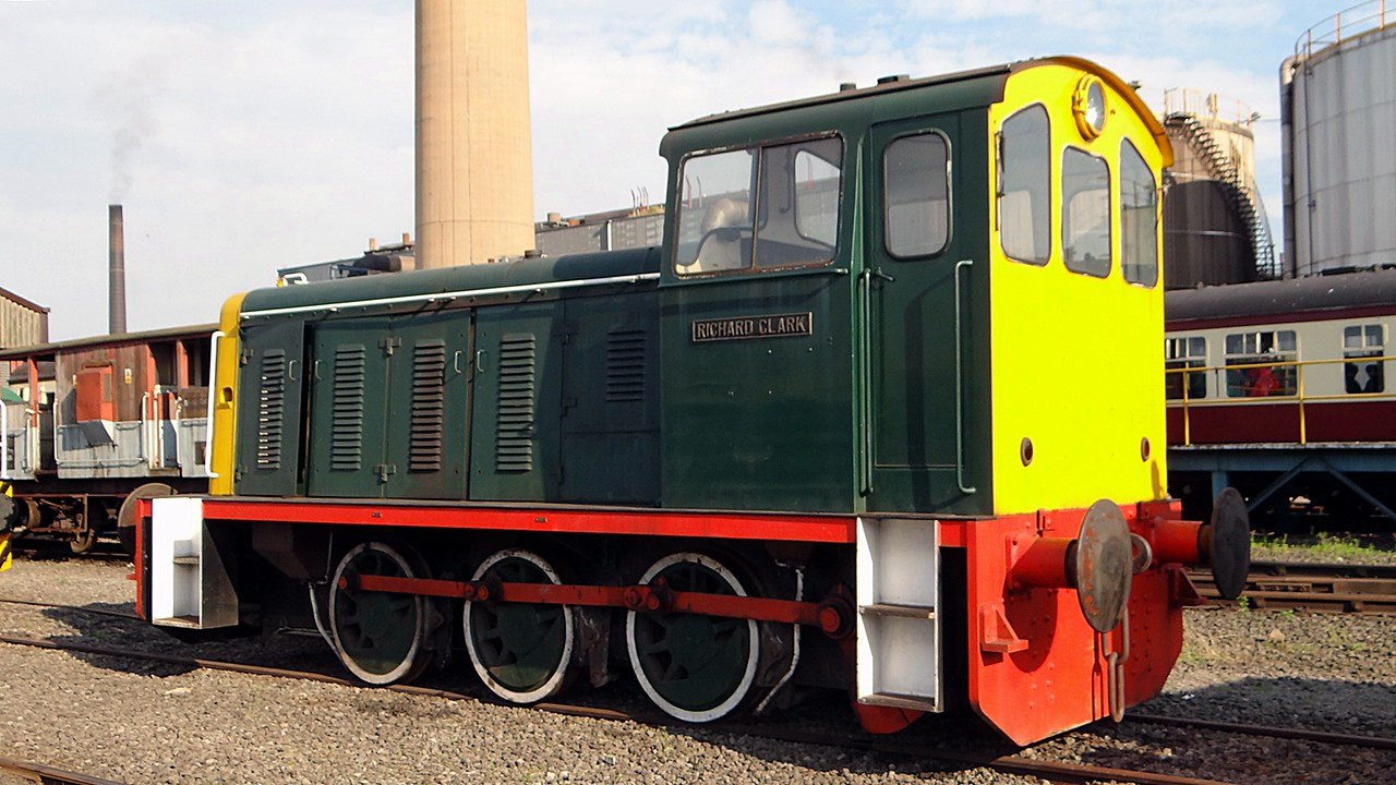 SH 3151 (01002) 'Richard Clarke' WB 0-6-0DM 15,09,2012 (Now At Lincoln & Wolds Railway)