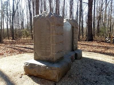 NC Monument-001