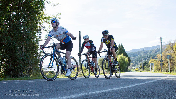 "Images of the Wellington Masters Cycling Club competing in the ""Mangaroa Graded Road Race"" held on 8 April 2018 in Whitemans Valley, Upper Hutt, New Zealand.   Copy right: John Mathews 2018  +64 274454321"