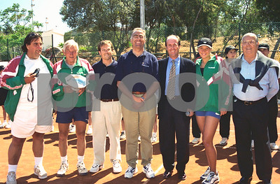 Lorenzo Martinez with the Belarus team during the Fed Cup at La Manga Club, April 1998
