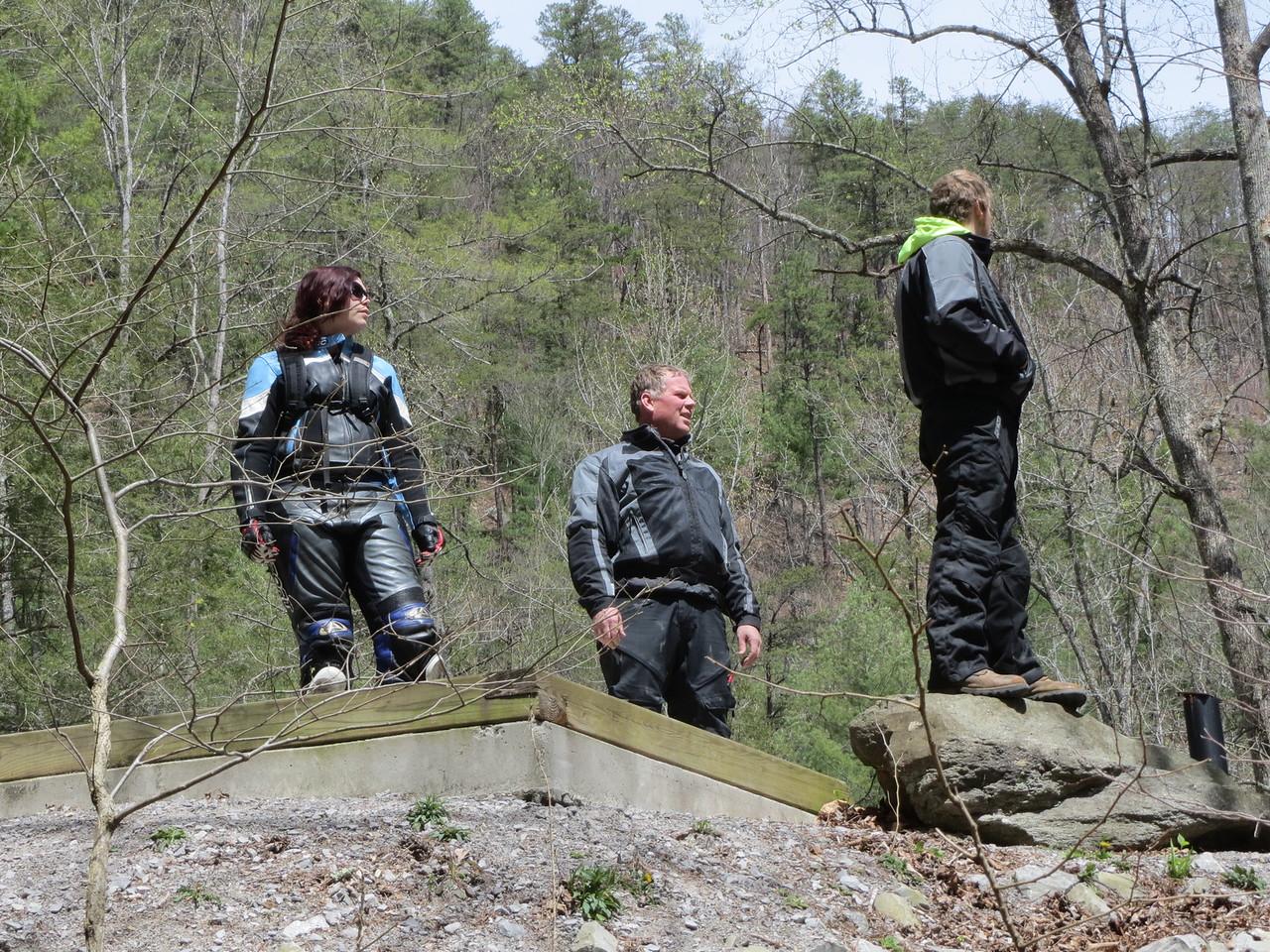 Rachel, Alan, and Kyle taking a break along the Gravehola.