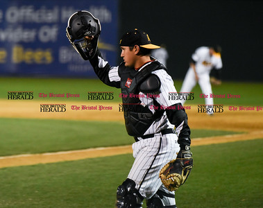 041417  Wesley Bunnell | Staff  New Britain Bees in their second exhibition game of the pre season on April 14 against the Greater Hartford Twilight League All Stars. Ivan Villaescusa (7)