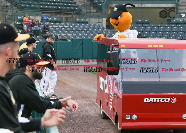 042717 Wesley Bunnell | Staff The New Britain Bees vs the Lancaster Barnstormers played on Thursday evening. Bees mascot Sting rides the Dattco Bus in from the bullpen.
