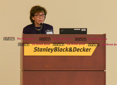 040517  Wesley Bunnell | Staff  The Hospital of Central Connecticut held its Annual Chairman's Donor Recognition Reception on Wednesday night. Senior Vice President of Hartford HealthCare & Central Region President Lucille Janatka gives the closing remarks.