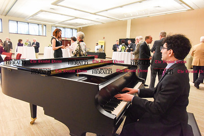 040517  Wesley Bunnell | Staff  The Hospital of Central Connecticut held its Annual Chairman's Donor Recognition Reception on Wednesday night. Pianist David Grausman plays for the guests as they enjoy dinner before the reception.